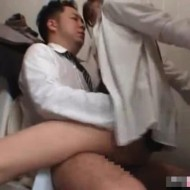 【美人OL強姦動画】おっとりした美人OLがトイレで上司にセクハラを受けなんとか逃げようとするも無理矢理レイプされてしまう・・