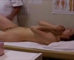 【レイプ盗撮動画】整体院で治療と称し悪質な痴漢行為を行う整体師・・・常習犯みたいです