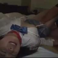 【ロリレイプ動画】中●生に見える華奢な美少女に首輪付けて監禁し強引に中出しする鬼畜の記録・・・