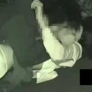 【本物レイプ動画】閲覧注意!学校帰りの女子高生を路上で襲ってレイプする凶悪な犯行・・・