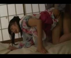 【ロリレイプ動画】浴衣のままうたた寝してる中学生姪っ子を生姦レイプする鬼畜の凶行・・・