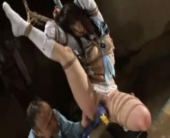 【SMレイプ動画】アル中男に拉致監禁された女子高生が緊縛状態で処女マンコ凌辱姦・・・