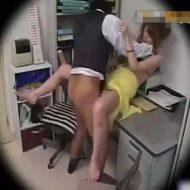 【レイプ盗撮動画】無断欠勤が続く世の中舐めくさったキャバ嬢を怒り狂った店長が中出しレイプで制裁ww