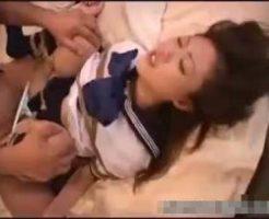 【無修正レイプ動画】セーラー服の女子高生を四肢緊縛して幼マンコを生姦レイプ!泣きじゃくる少女を問答無用で犯したったww