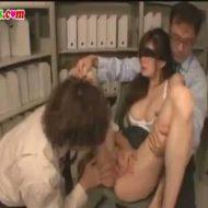 【監禁レイプ動画】美人OLが鬼畜な上司に倉庫に監禁されて目隠し緊縛で肉棒2本で連続中出しされてしまう・・・