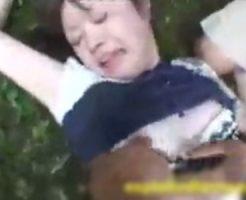 【集団レイプ】拉致してきたJCを泥塗れになりながらを輪姦していくキチガイレイパーの個人記録動画