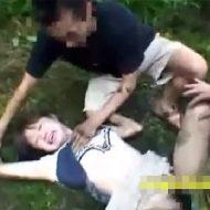 【JCレイプ動画】下校中の山中で輪姦された田舎の中○生の動画がこちら…