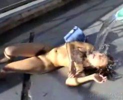【本物レイプ】DQN男50人に終始殴られ肉便器にされる女性がヤバい・・・※閲覧注意