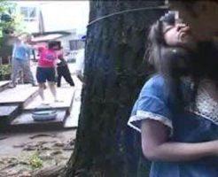 【ロリレイプ動画】小学生の様な女の子たちが集団で遊んでたので1人だけ連れてきてレイプしてみた結果がこちらw