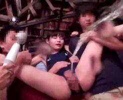 【ロリレイプ動画】「やめてよぉ…」小学生にみえるスク水少女を集団陵辱し処女膜破壊・・・