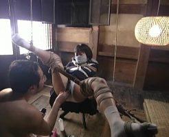 【JKレイプ動画】隣家の女子校生を制服姿のまま緊縛拘束し処女マンコ凌辱レイプ・・・