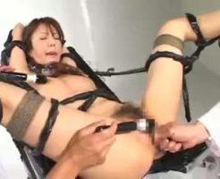 【拷問レイプ動画】媚薬漬けにした女の四肢の自由を奪いアクメ地獄に落とす拘束レイプ・・・