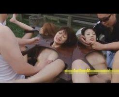 【乱交レイプ動画】鬼畜やくざの肉便器にされた女達!拘束器具で四肢の自由を奪われ5本の肉棒で輪姦中出し・・・