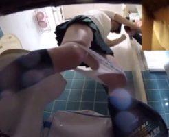 【ロリレイプ動画】「やめて下さい!」けいおん部帰りの制服JKをトイレでレイプ!尿漏らしながら必死に抵抗w