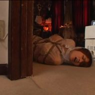 【SMレイプ動画】鬼畜に性奴隷扱いされる美人妻が手足を拘束され無限アクメ地獄に落とされる凌辱映像