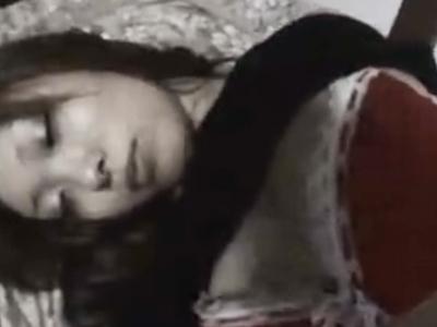 【泥酔レイプ動画】酔い潰れたOLを拉致って連れ込み、個人撮影ハメ部屋で強姦しネット流出w