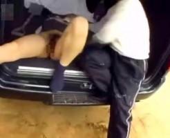 【拉致レイプ動画】エロそうな女子校生を車に押し込み拘束し山奥で犯し倒す!!