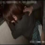 【JKレイプ動画】人が一番気を抜く瞬間...自宅の目の前で男に襲われ強姦された女子校生...