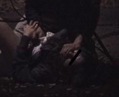 【リアルレイプ動画】閲覧注意!女子校生が夜の公園でガチ強姦被害に遭っている本物映像の一部始終を入手