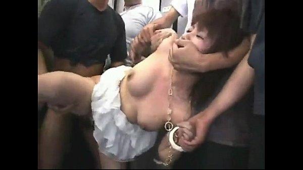 【痴漢レイプ動画】埼京線凶悪痴漢集団の犯行!ギャルを数人で取り囲んで逃げ場を奪い強引に肉棒ぶち込む中出し強姦!