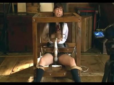 【JKレイプ動画】拉致った女子校生を四肢拘束して固定電マで精神いかれるまで犯し続ける地獄のエロ拷問・・・
