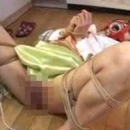 【無修正レイプ動画】ストーカーの自宅に監禁された女が緊縛されて精神イカれるまで凌辱される鬼畜強姦映像