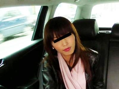【無修正レイプ】海外で犯される日本人。偽タクシーに乗り騙され殺られるか、犯られるかで絶望を味わう車内強姦