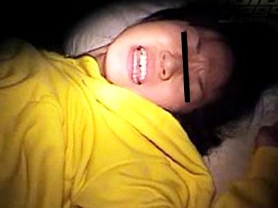 【無修正 本物レイプ】※詳細不明 暗闇で男から襲われたJKの不運すぎる強姦ビデオが流出