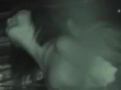 【ガチレイプ】激撮してしまった本物の強姦 痴漢男は嫌がる女を無理やり野外でハメて怒号を放つ・・・