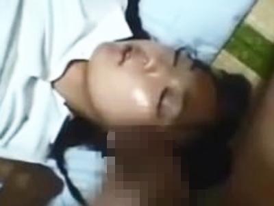 引きこもりの兄がJC妹を昏睡レイプする衝撃的な内容の近親セックス映像!