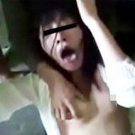 【ガチレイプ】無法地帯のようなホームレス集団に拉致られて下着をはさみで切られ輪姦された美女・・・