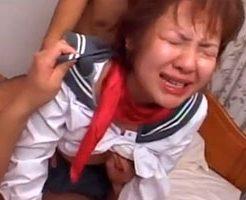 【無修正】ちょいブスビッチなJKが輪姦されて二穴責めにギャン泣きw